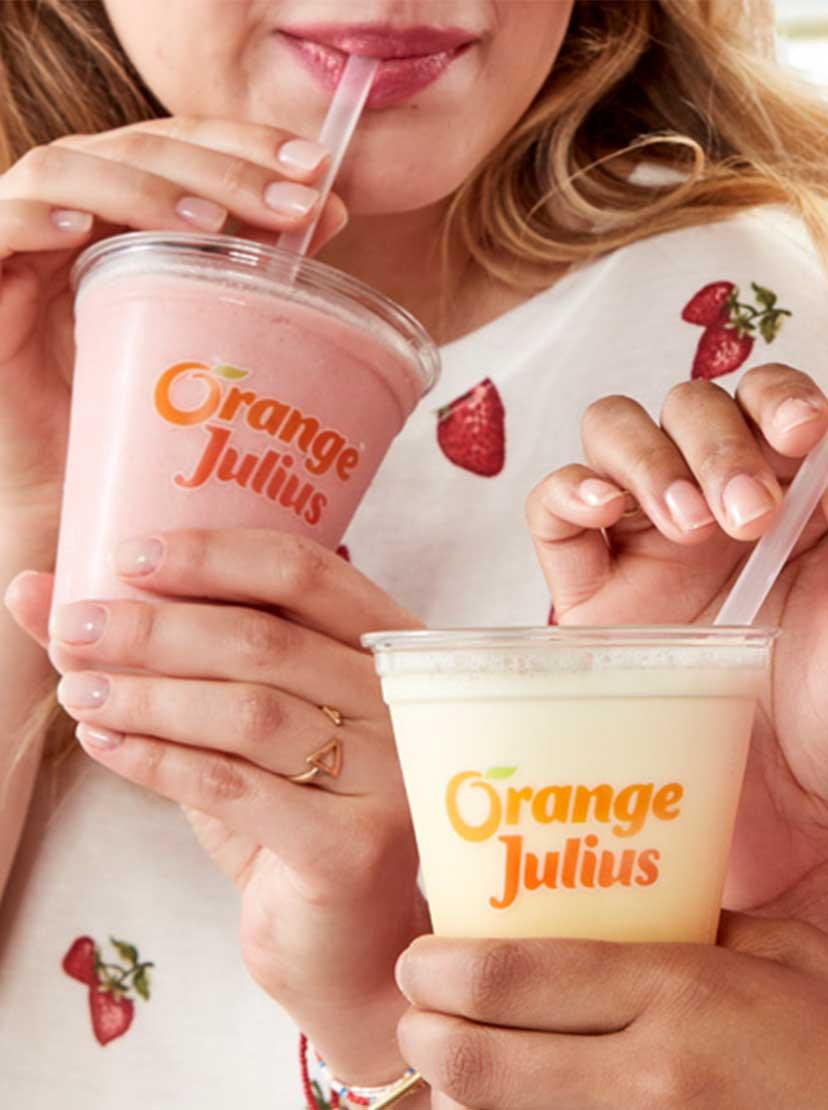 couple drinking orange julius